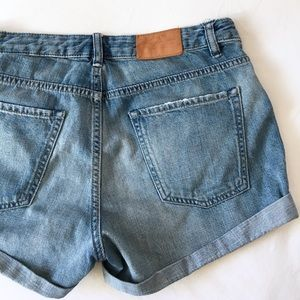H&M // cuffed denim shorts